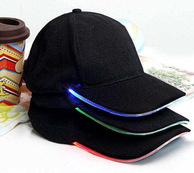 schwarzes LED-Cap