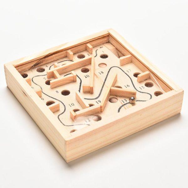 Holzlabyrinth Kinderspielzeug Kugel
