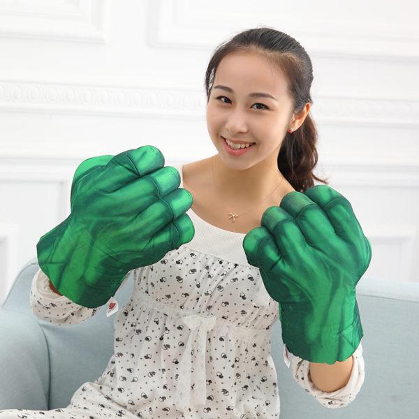 uebergrosse hulk smash handschuhe