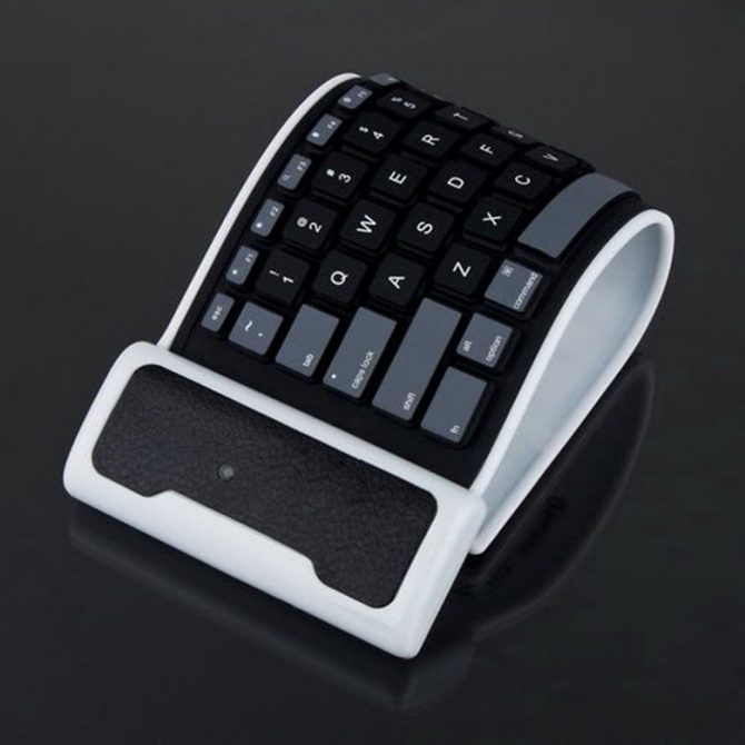 flexible-bluetooth-tastatur-3