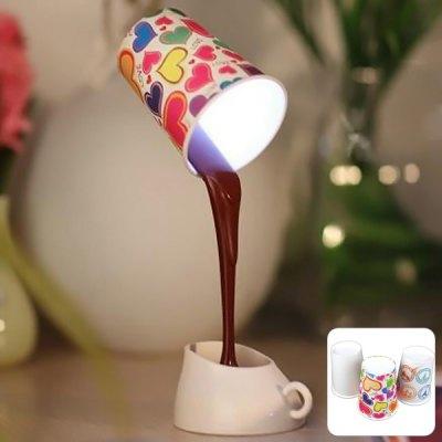 Schwebende Kaffeetasse Lampe