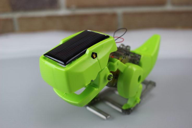 DIY Solar Dino schräg