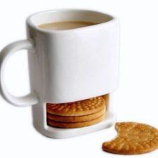 Kaffeetasse mit Keksablage