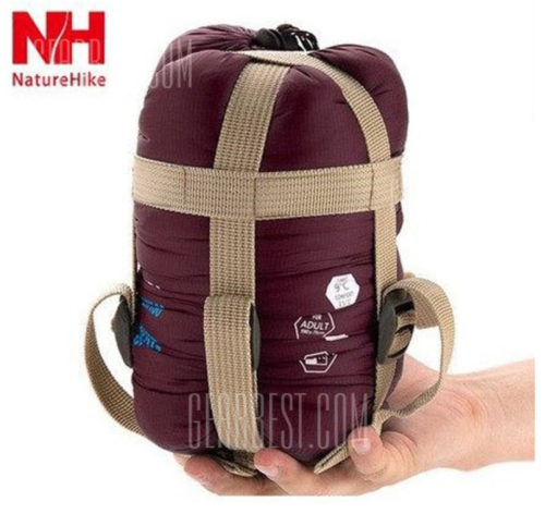 nature-hike-schlafsack