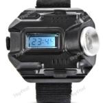 Armbandlampe mit Cree XPE und Uhrzeit für 11,46€
