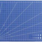 Schneideunterlage für das Erstellen von Modellen und Bastelarbeiten ab 2,27€