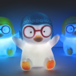 Süßer Pinguin mit LED für 1,83€