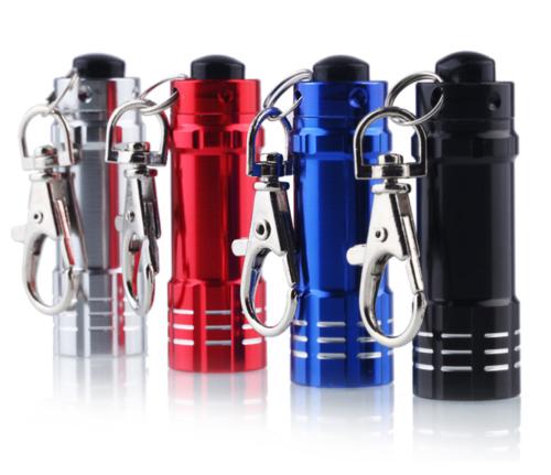 mini-taschenlampe-lr44