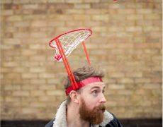 Basketballgestell, welches am Kopf befestigt werden kann
