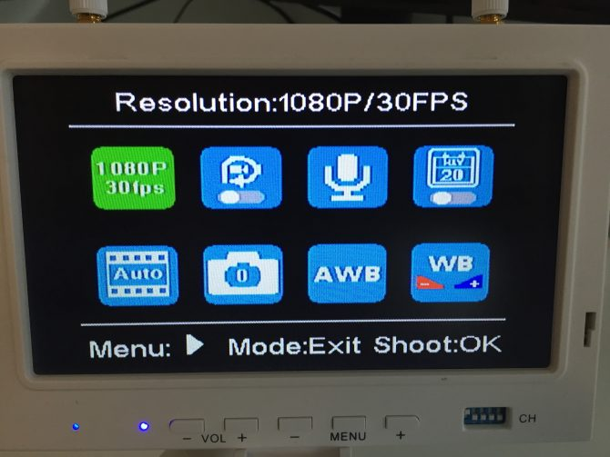 Die frickeligen Video-Einstellungen: u.A. Auflösung und FPS, Loop & Weißabgleich
