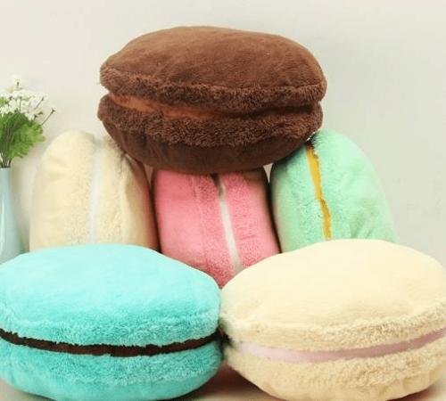 Macaron Kissen