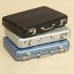 Mini-Koffer z.B. für Visitenkarten für 2,98€