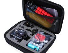 Kimi Action Cam Case geöffnet und befüllt mit Kamera und Zubehör.