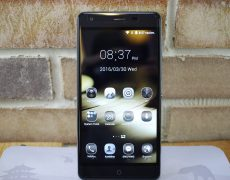 Ulefone Power: 5,5-Zoll-Phablet mit 6050mAh-Akku ab 134€ zollfrei aus der EU