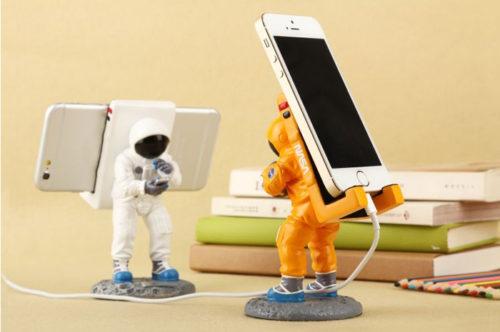 Astronaut Smartphonehalter a