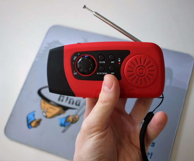 solar-radio-lampe (7)