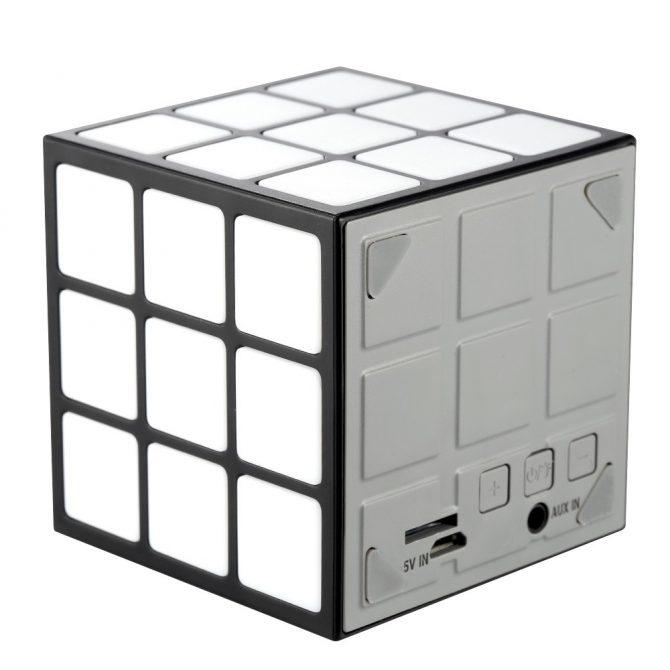 cube speaker (1)