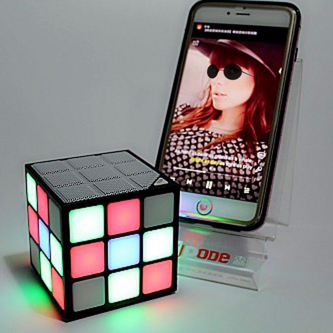 cube speaker (4)