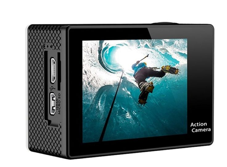 Display der Eken H9 Action-Cam