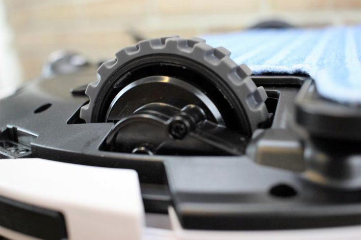 ILIFE V7S Saugroboter Räder mit Höhenverstellbarkeit