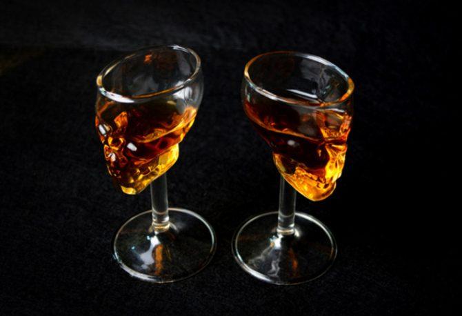 skull-totenkopf-wein-glas-1