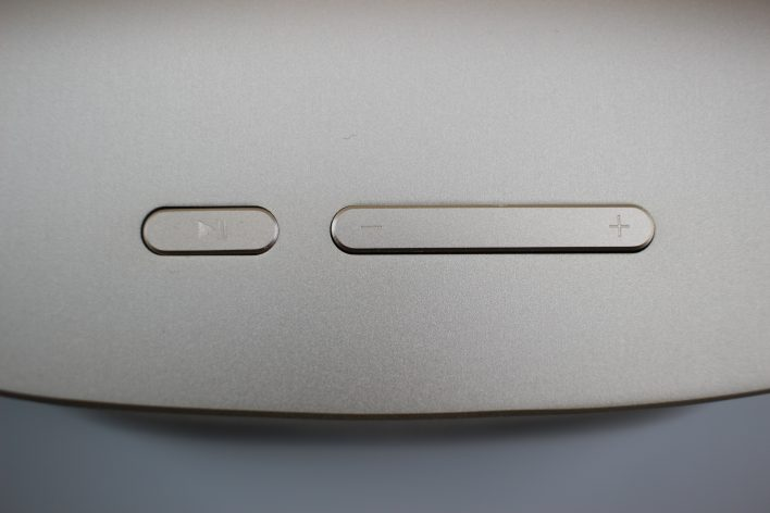 UMi BTS-01 knöpfe