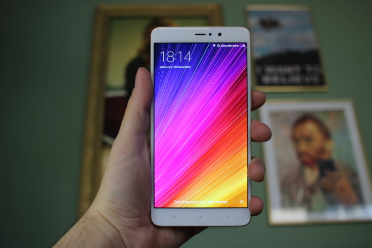 Xiaomi Mi 5S Plus Display mit leuchtenden Farben