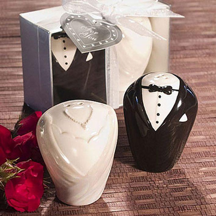 2pcs-set-cartoon-design-salt-pepper-shaker-pots-cruet-caster-seasoning-container-wedding-christmas-new-year