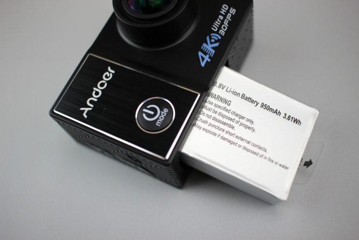 andoer-c5-pro-actioncam-Akku