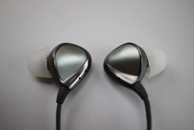 Ele-Whisper Kopfhörer
