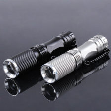 CREE XPE Q5 Taschenlampe mit 600 Lumen
