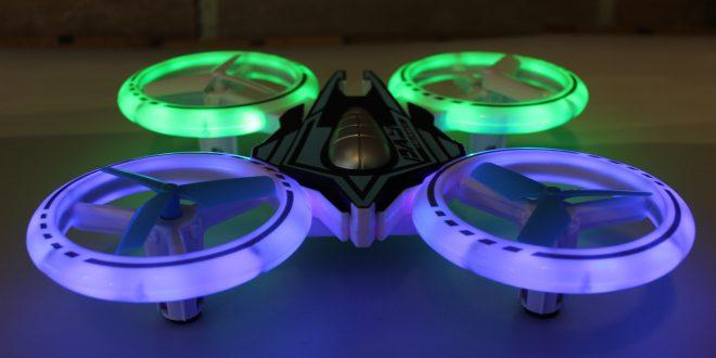 jxd 532 quadrocopter mit led beleuchtung f r 18 69. Black Bedroom Furniture Sets. Home Design Ideas