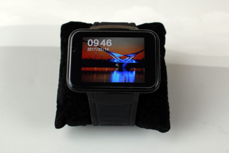 Makibes DM98 Smartwatch Display