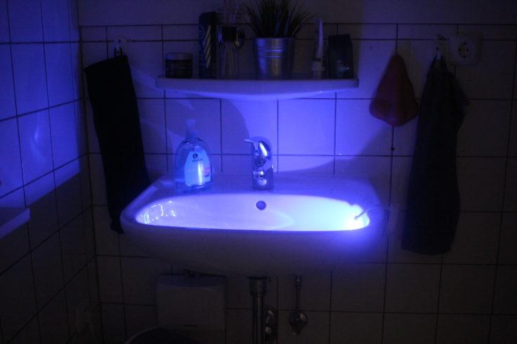 Toilettenlicht Waschbecken