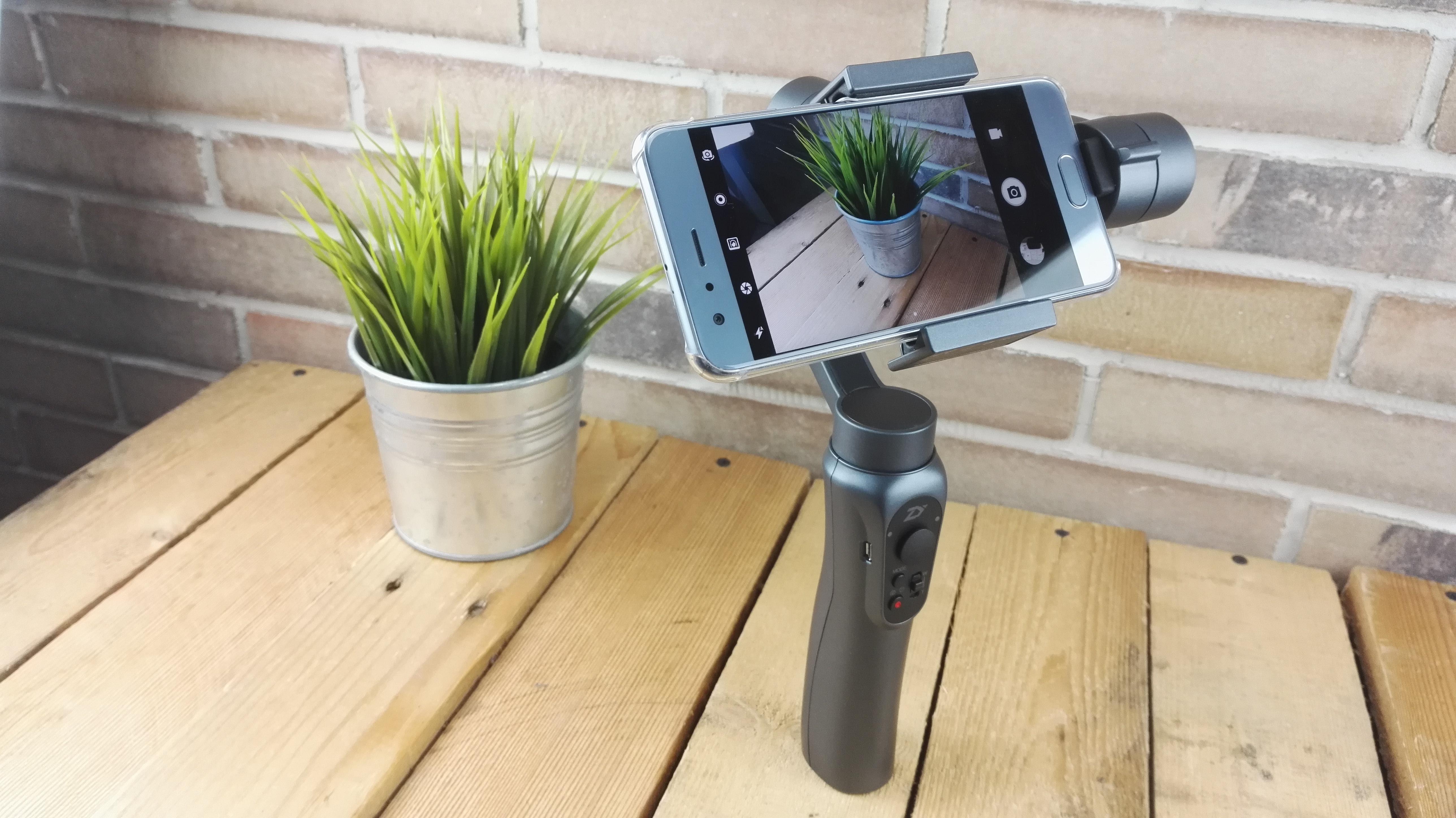 Zhiyun Smooth Q Stabilisierte Smartphone Videos Mit 3 Achsen Gimbal Tech
