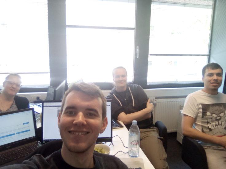 Das CG Test Selfie