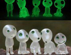 Leuchtende Kodama Baumgeister Leuchtfunktion