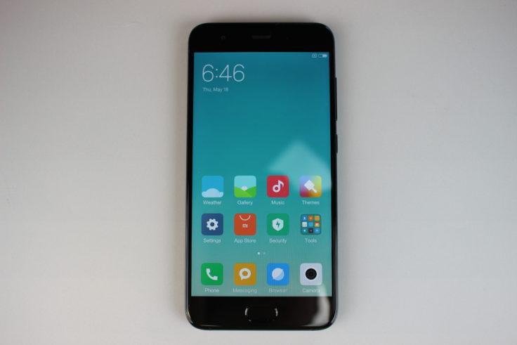Xiaomi Mi 6 Smartphone Display
