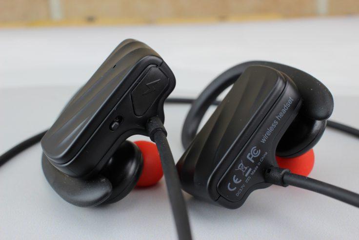 Cozypony CZ560 In-Ear Micro USB Anschluss