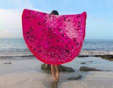 Drachenfrucht Strandtuch am Strand