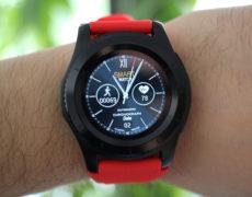 NO.1 G8 Smartwatch an Handgelenk