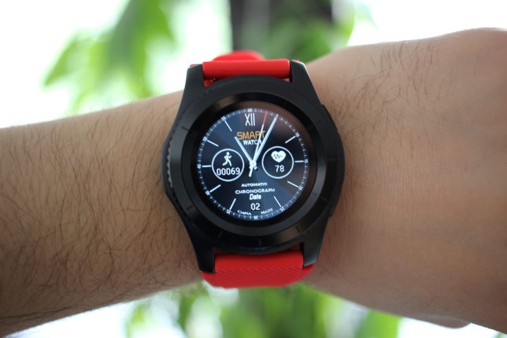 no 1 g8 smartwatch das neueste budget modell im test. Black Bedroom Furniture Sets. Home Design Ideas