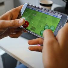 Smartphone Joysticks Fifa spielen