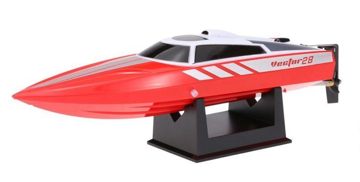 Volantex Vector 28 RC Boot auf Halterung