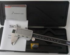 Tacklife DC02 Digitaler Messchieber mit Verpackung