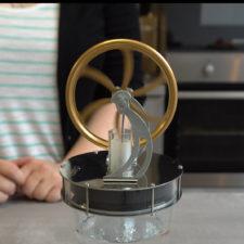 Stirling Motor auf Glas