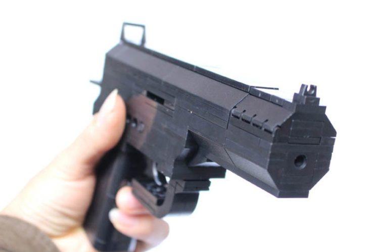 Baustein Waffe Pistole Lauf