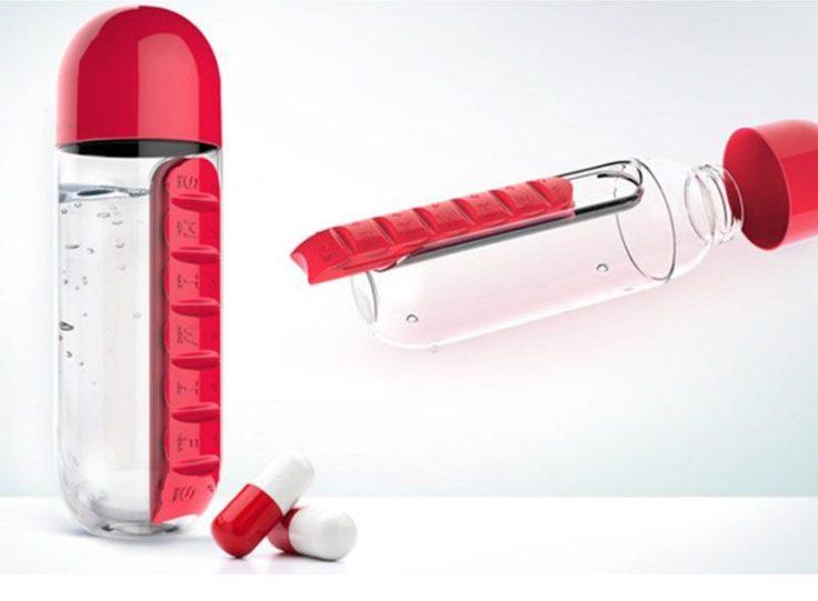 Wasserflasche mit integrierter Pillendose