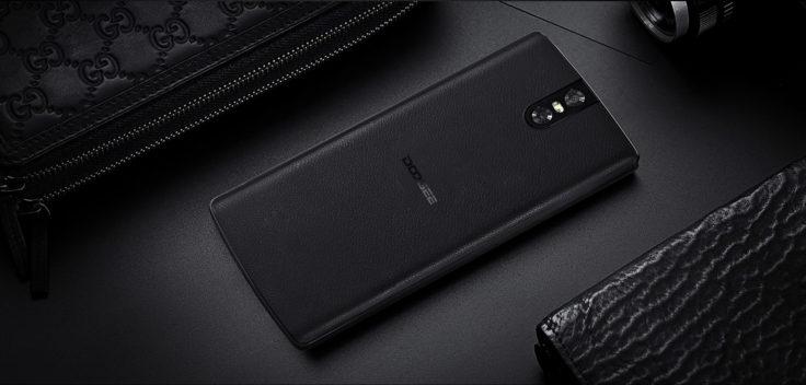 Doogee BL7000 Smartphone Rückseite