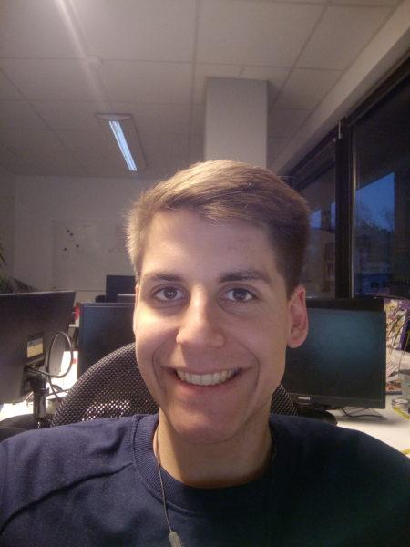MAZE Comet Selfie Testfoto